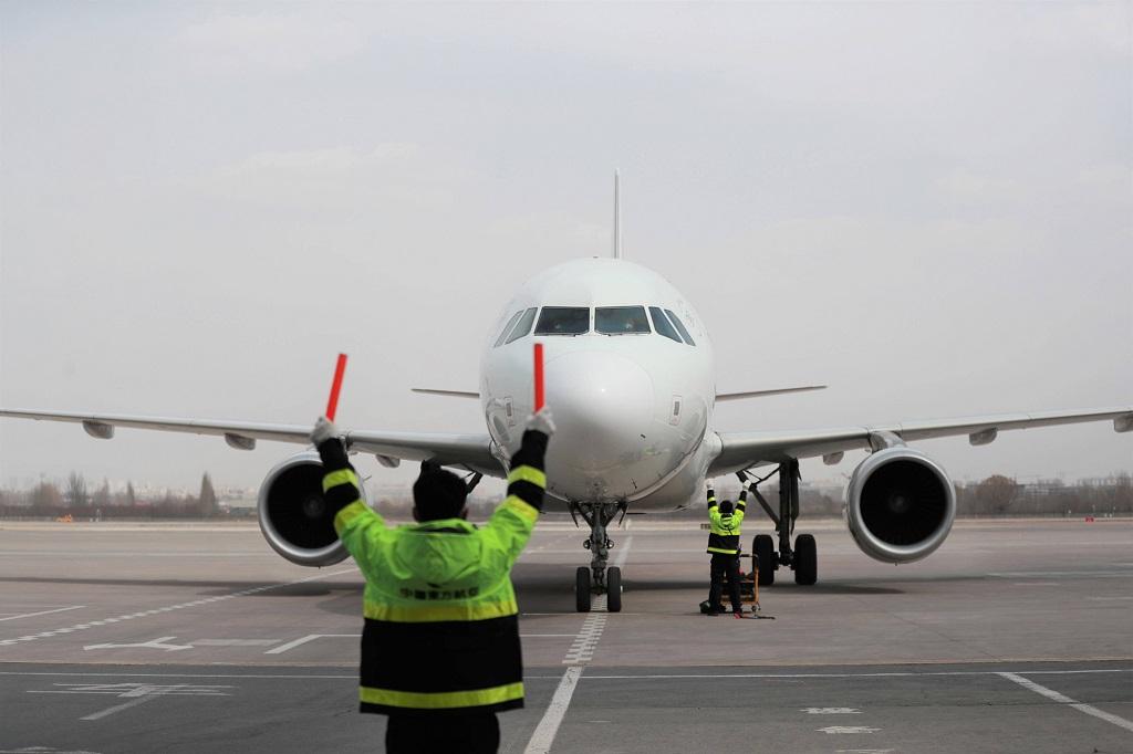 Einreisestopp ab 28. März, 00.00 Uhr: Wer jetzt aus beruflichen oder humanitären Gründen nach China reisen will, muss ein neues Visum beantragen. Foto: imago images / Xinhua